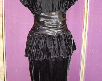 1980's Black Velvet Party Dress With Pelplum