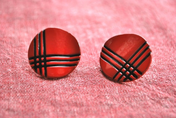 Red and Black Plaid Round Enamel Earrings