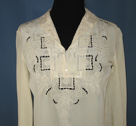 Vintage PEONY 100% Silk Blouse - Hand Embroidered  sz 6