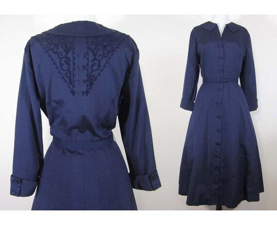 Vintage 1950s Shirtwaist Dress - Back  Design - Navy Blue - Med-Large