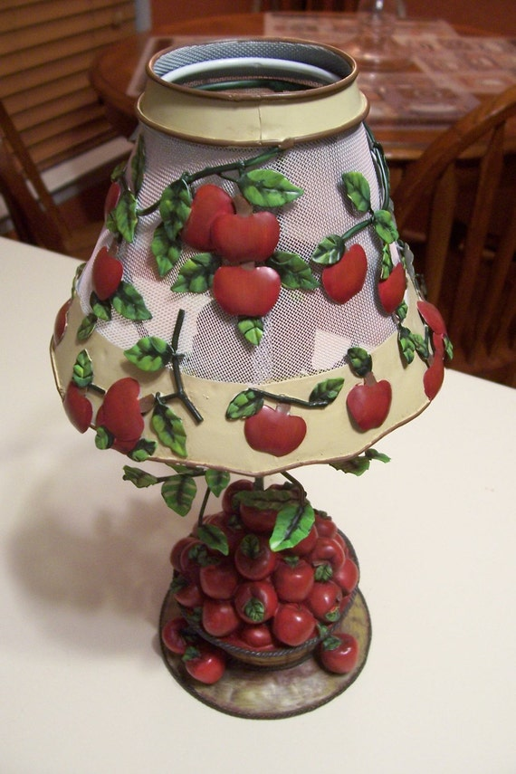 Homco Apple Tree Basket Candle Holder With Lamp Shade