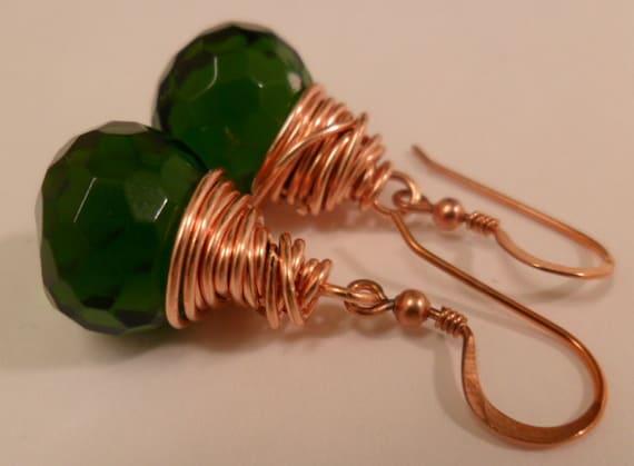 Simple Dangle Green Emerald/Green Onion Shape faceted Quartz Earrings-FREE SHIPPING