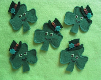 5 Shamrock Finger Puppets & original rhyme, handcrafted from felt