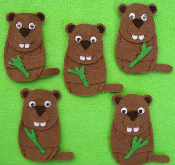 5 Groundhog Finger Puppets with laminated rhyme