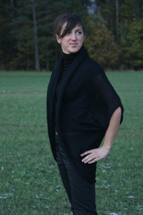 Black cocoon cardigan, short sleeved, kidmohair