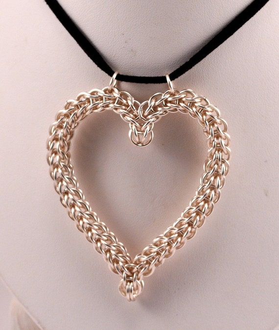 Make A Chain Mail Bracelet: Items Similar To Chainmaille Heart Pendant On Etsy