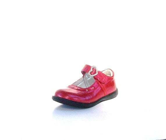 Reserved for PAM  Red Patent Leather Girls shoes. Mary Jane shoes. Hearts/ Buckles/ Rhinestones. Tot Wizard of Oz shoes
