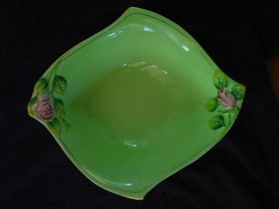 Royal Winton Rosebud Serving Bowl - Apple Green with Pink  Roses - Serving Dish