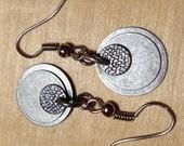 Easy casual disc earrings