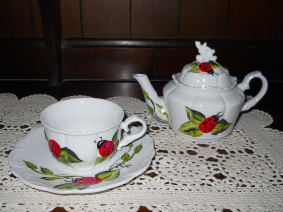 Tea for One Teapot Set  Hand painted Red Ladybug
