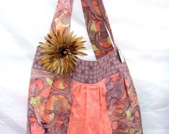 Large Satchel with Daisy