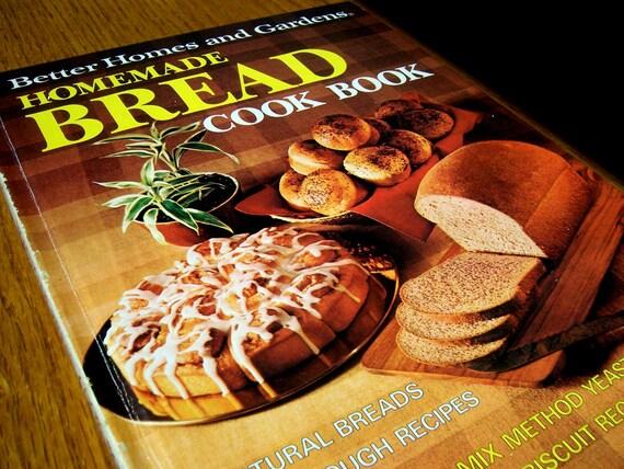 Recipes for Homemade Bread Cookbook from Better Homes and Gardens. Gift for men, women, teens, shower or wedding vintage gift basket.