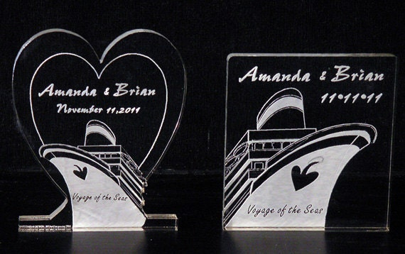 Cruise Wedding Cake Topper - Personalized & Engraved