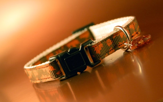Cat Collar - Autumn Leaves with Fish Charm