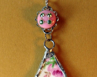 Recycled China Pendant Necklace Flowers