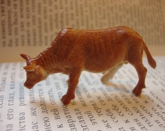 Tan Bull  Brooch Pin - Farm animal series