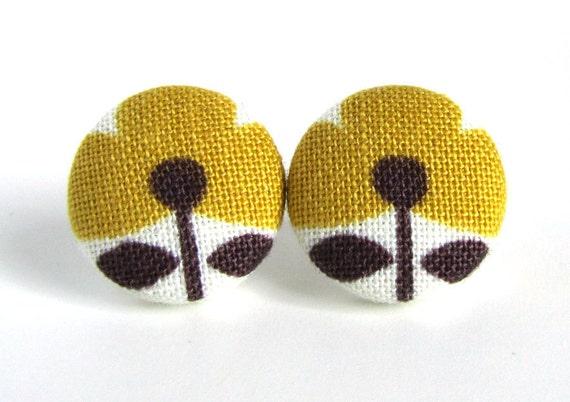 Mustard yellow stud earrings post flower white brown fall autumn