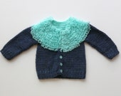 Handsome baby sweater - turquoise collar
