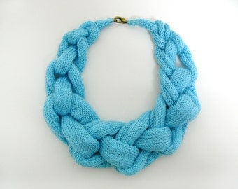 HALLAH necklace - TURQUOISE
