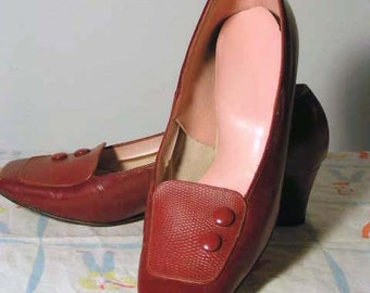 Classy Red 1950s Pumps