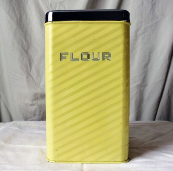 Nifty Yellow Lincoln BeautyWare Flour Canister