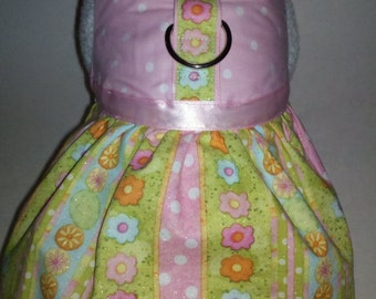 Easter Daisy Flowers Harness Dress. Perfect Item for your Cat, Dog or Ferret. All Items Are Custom Made For Your Pet.