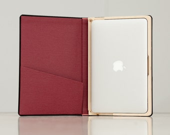 The Cartella for MacBook Air 11inch -  Black/Cranberry