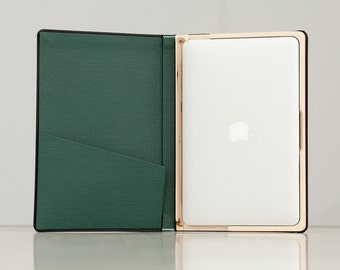 DISCONTINUED (SALE) The Cartella for Macbook Air 11 Inch - Onyx Black with Forest Green Interior