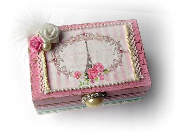 Pretty Decorative Wooden Keepsake Trinket Jewelry Box Shabby French Cottage Chic Decor