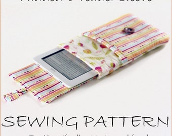 INSTANT DOWNLOAD Padded e-reader sleeve pdf sewing pattern for Kindle, nook and ipad plus bonus instructions for other devices.