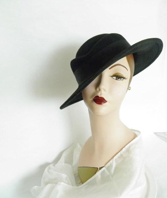 Vintage 1970s hat,  tilt fedora