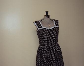 Vintage Inspired Sweetheart Dress