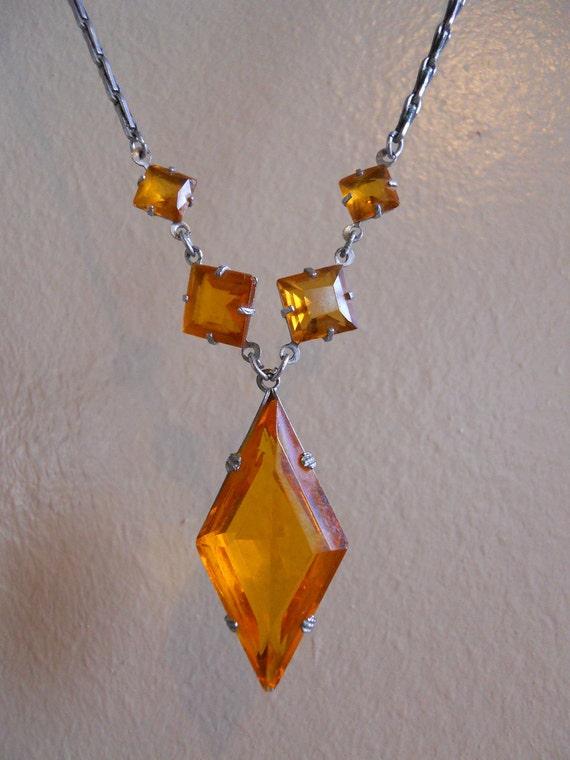 Art Deco Amber Czech Glass Necklace 1920s / 1930s