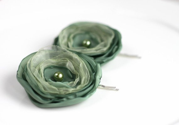 SALE, Bobby Pin Flowers, Fabric flower bobby pin, Flower Hair Accessories, Tea green, mint color , free shipping, Ready to ship