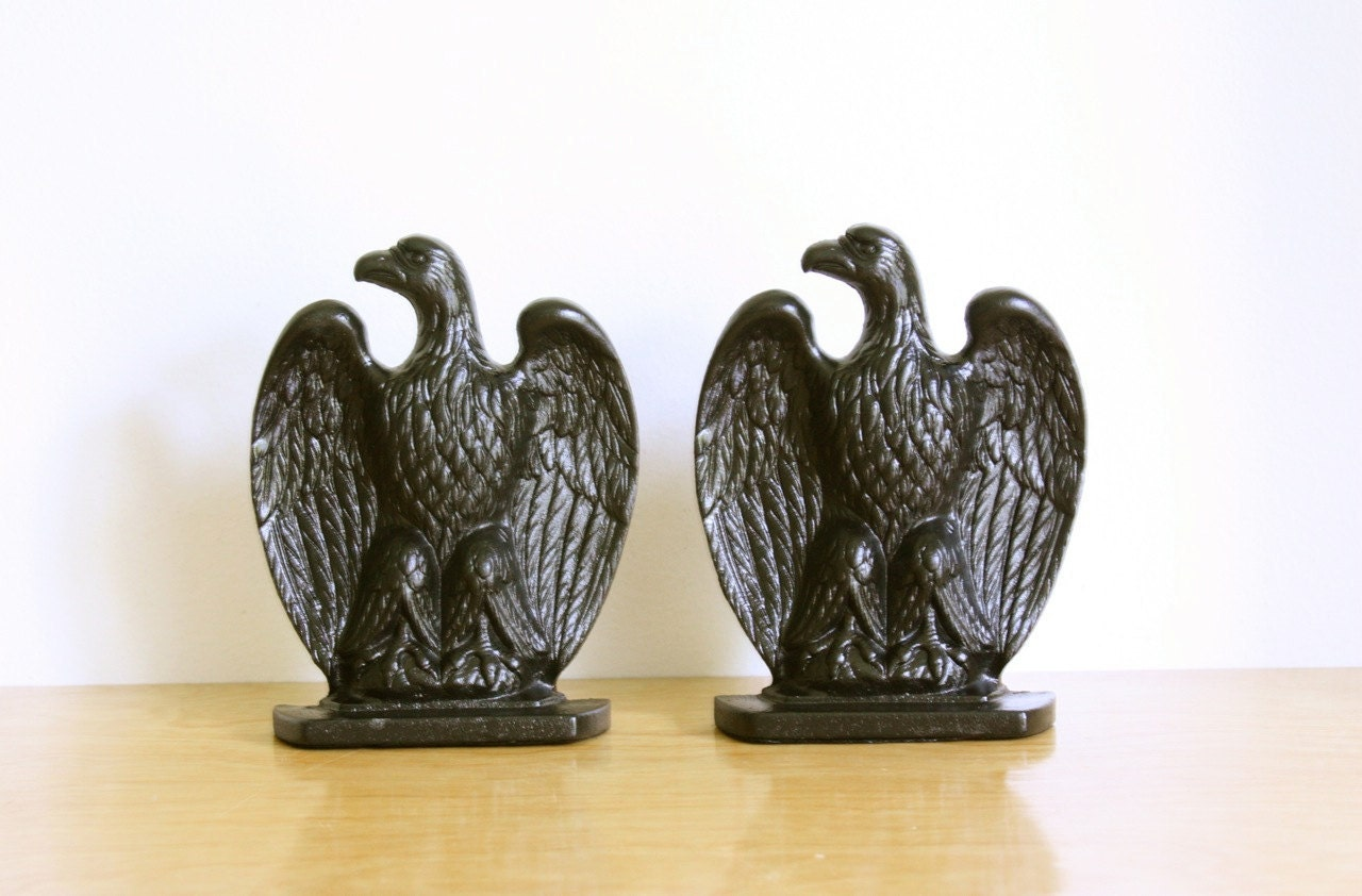 Vintage Pair Of Cast Iron Eagle Bookends Emig