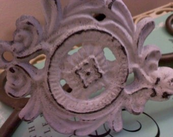 Wall Hook / Cute Shabby Chic Hook/Hanger / Cast Iron Hook / HaRDWAre INcluDED
