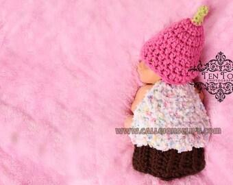 Instant Download Crochet Pattern- no 46 Celebration Cupcake - Cuddle Cape Set  -Photography Prop