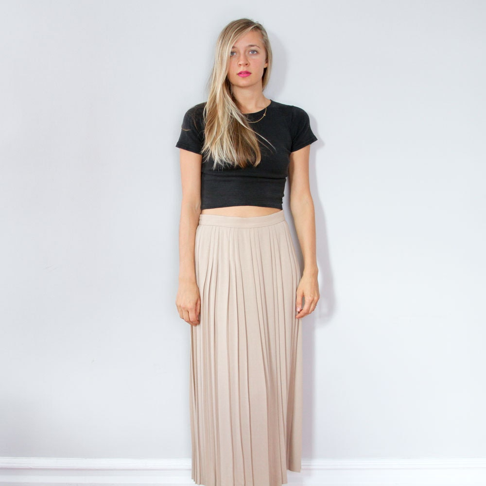 90s Tan Maxi Skirt // Pleated High Waist Skirt M