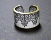 Plastic Ring - Belgian Lace - Choose Your Size