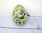 Mint Green Easter Egg - Wind Up Musical Easter Toy Egg - Mid Century Tin Easter Egg