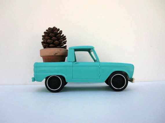 Aqua Toy Pickup Truck - Turquoise Ford Bronco 1960s Model Car