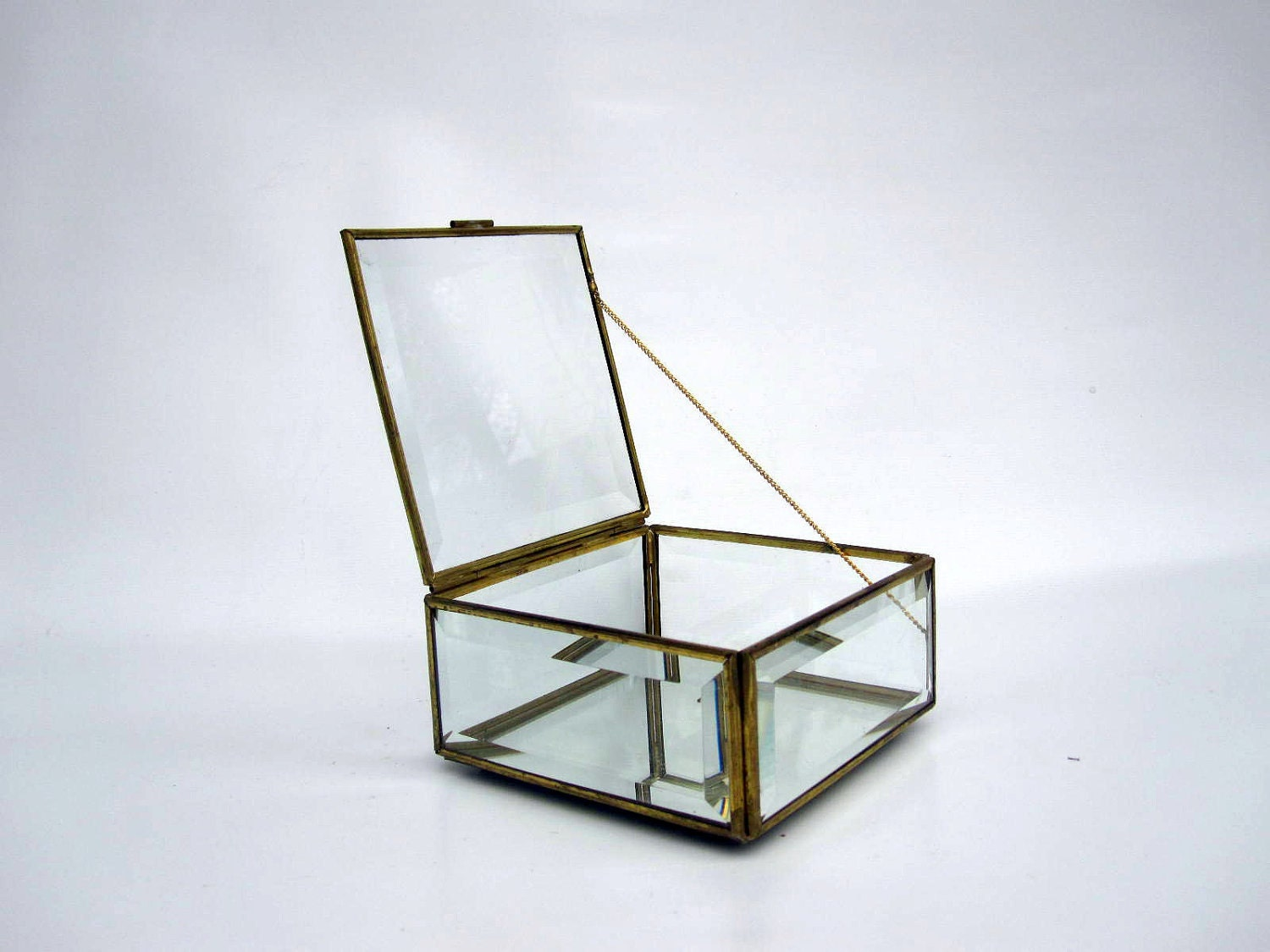 Jewelry box beveled glass mirror box glass and brass for Mirror jewellery box