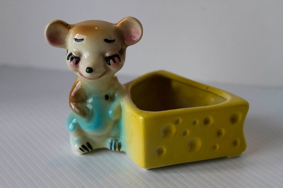 RESERVED FOR SAINTHENRYHOWARD   Vintage Mouse with Cheese Planter