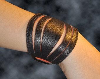 Leather bracelet, named Lela MADE TO ORDER