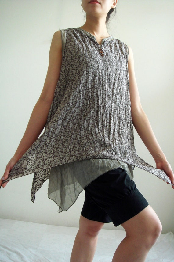 B6, Dark Grey Floral Two Layers Sleeveless Cotton Blouse