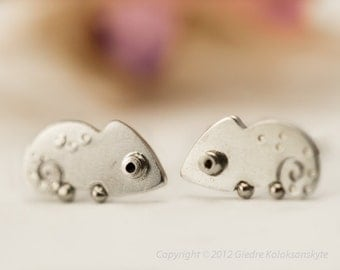 CHAMELEON Stud Earrings Sterling Silver Mini Zoo series