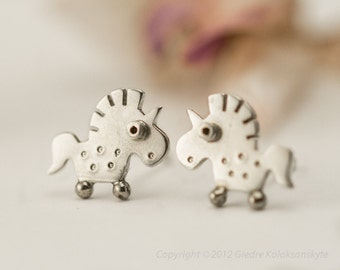UNICORN Stud Earrings Sterling Silver Mini Zoo series