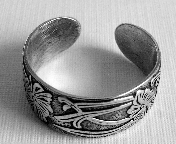 Sterling Silver Pattern Toe Ring, Sterling Toe Ring, Silver Toe Ring, Handmade Toe Ring, Floral and Scrolls Toe Ring