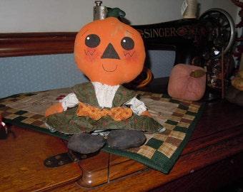 Primitive Pixie Pumpkin