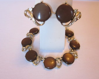 Brown Betty Vintage CORO Necklace & Clip-On Earrings